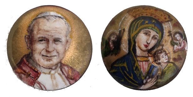Esmaltes de san Juan Pablo II y Nuestra Señora del Perpetuo Socorro (detalle)