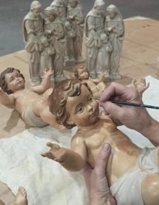 Niño Jesús tallado en madera